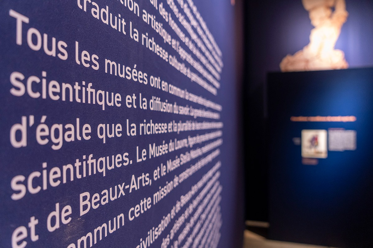 AP-Photos-Louvre-Stella-13